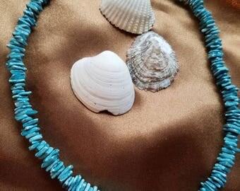 Blue Puka shell necklace with barrel clasp, vintage Hawaiian, natural shell, aqua shell necklace