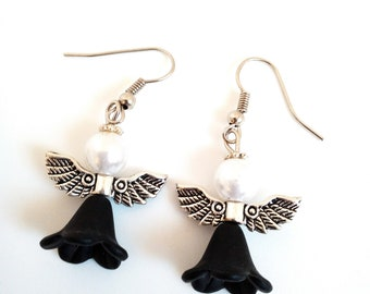 Earrings with Angel black and white