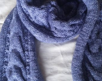 Blue scarf with aran pattern