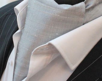 Cravat Ascot. 100% Silk Front UK Made. Silver Dupion Silk + matching hanky.