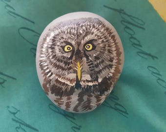 Great Gray Owl Hand-painted stone