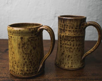 Set of 2 Ceramic mugs