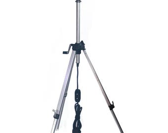 Tripod Lamp with Photo Shade