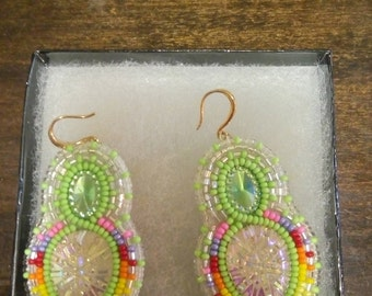 beaded earrings, with acrylic centre