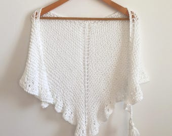 Knitted shawl / Spring Shawl / Summer Shawl / Cotton Shawl / Chal de algodón / White shawl  / Chal blanco