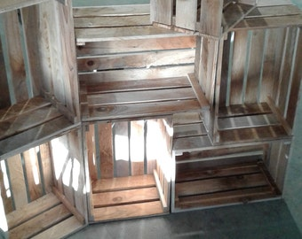 Raw wood boxes / rough wood crate