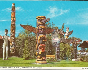 Vintage 1970s Postcard Victoria British Columbia BC Canada Thunderbird Park Native Totem Poles Card Photochrome Postally Unused