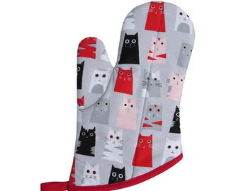 Box Cats Oven Mitt