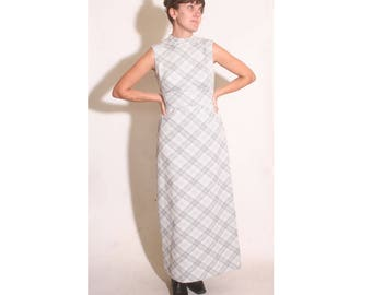 Vintage 1970s Silver and White Empire Waist Plaid Sleeveless Turtleneck Maxi Dress size S