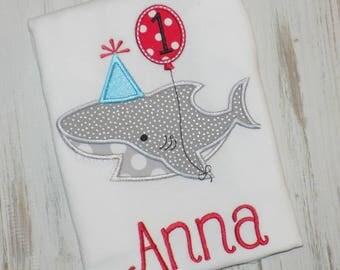 Shark birthday shirt, Boy Shark Shirt, Girl birthday shark shirt, Boy Birthday shark shirt, Shark birthday outfit, sew cute creations