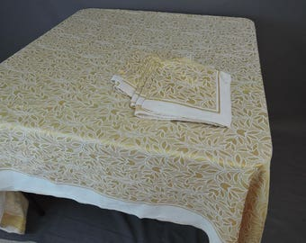 Vintage Yellow Gold  Damask Tablecloth and 8 Napkins Set, 1950s, Rectangle 56 x 85 inches