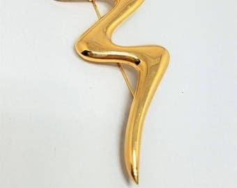 Trifari Abstract Vintage Gold Tone Brooch Pin