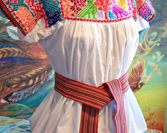 Mexican Blouse, Embroidered Blouse, White Mexican Blouse, Frida Kahlo size M