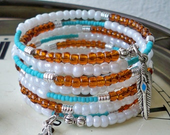 Southwest Seed Bead Wrap Bracelet - Turquoise, white & brown beads - Feather charms - Boho cuff - Bohemian - bycat