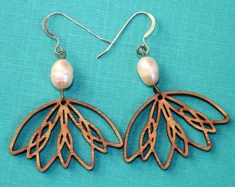 Botanical earrings - Lotus earrings- Pink Pearl Earrings- Flower drop earrings- Wood Earrings- Laser cut- Gift for wife - Dangle earrings