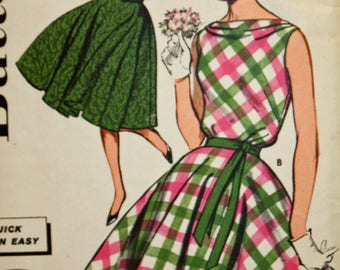 """Vintage 1960s Sewing Pattern, Butterick 9651, Misses', Quick 'N Easy,  Dress With Circle Skirt, Misses' Size 14, Bust 34"""",  Estate Sale Find"""