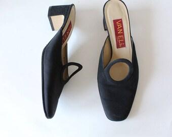Vintage 1990s Black Circle Cutout Chunky Heel Mules, size 8.5