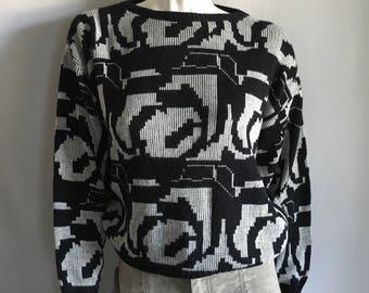 Vintage Women's 80's Gitano Sweater, Black, White, Long Sleeve, Geometric (S/M)
