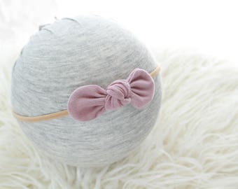 NB - Youth | mauve knot on soft nude nylon headband | newborn headband | baby girl headband | pink headband | confort headband | rose gold
