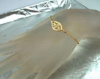 Filigree Flower Bracelet, Gold Flower, Chain Bracelet, Tiny Gold Bracelet, Gold Filled, Delicate Bracelet, Bridal Gift, Girl Baby Bracelet