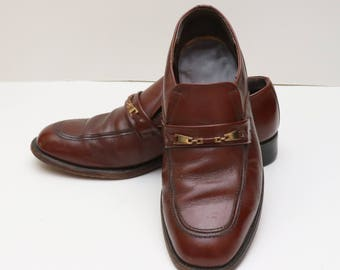Vintage 1970s mens Stacy Adams brown leather loafers