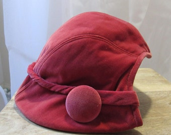 1950s Vintage Sunnycrest Original Garnet Crimson Pink Velvet Half Hat with Buttons
