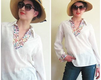 Vintage 1970s White Tunic Blouse with Embroidered Trim / 70s Boho Hippie Shirt