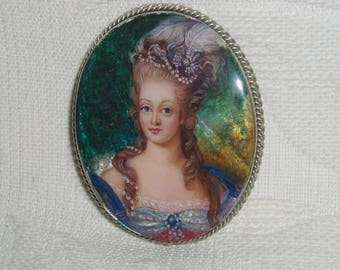 Beautiful Lacquer brooch Mother of pearl Queen Marie Antoinette miniature Hand Painted Pin