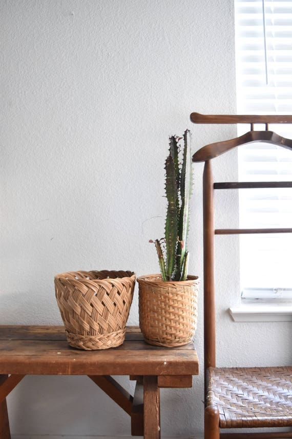 set of 2 woven rattan bamboo basket planters