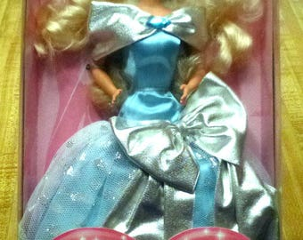 Vintage Silver Sweetheart Beaute Argentee Barbie Sears Limited Edition Doll New in Box , 1994