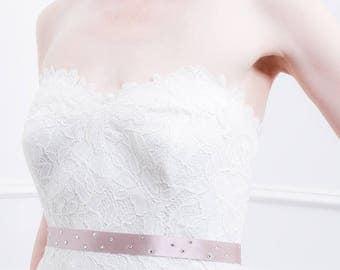 Wedding Sash - 9 Colors - Beautiful Round Crystal Rhinestone Bridal Sash, Bridal Belt, Wedding Dress Sash, Bridesmaid Sash - Silver, Bling