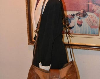 On Sale Cole Haan Bag~Cole Haan Tote~ Shoulder Bag~ Over sized