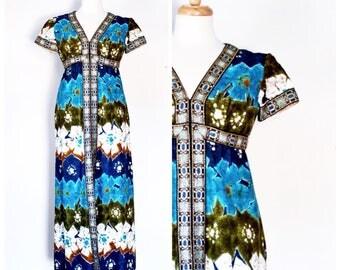70s Dress / Vintage Dress / 1970s Maxi Dress / 70s Batik Dress / Hawaiian Style Dress / 70s Designer Dress / Roger Milot / Size Extra Small