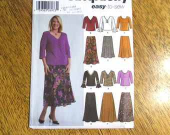 EASY Boho T-Shirt Top w/ Sleeve Ruffles & Princess Seamed Flared Skirt - Plus Size (18W - 24W) - UNCUT ff Sewing Pattern Simplicity 5469