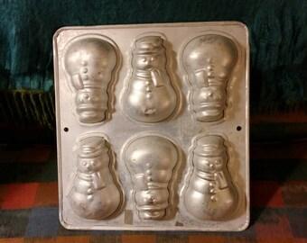 Wilton Snowman Baking Pan, Christmas Baking Pan, Christmas Cookies, Snowman Cupcakes, Holiday Snowman Mold, Snowman Tin, Tin Baking Tray