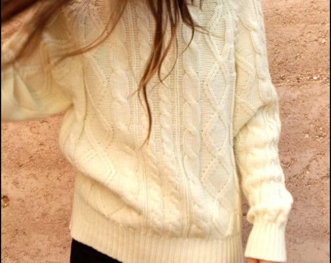 Vintage LAUREN Ralph Lauren SP cable knit sweater
