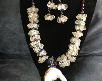 Quartz stones necklace set