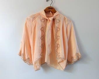 Vintage 1930s 1940s peach satin bed jacket, vintage lingerie sleepwear