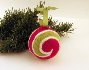 Wool Felt Ornament, Red and Green Swirl, Christmas Tree Bauble, Traditional Ornament
