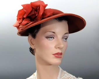 1940's Straw Hat Fedora Coral Color with Large Ombre Velvet and Silk Millinery Rose