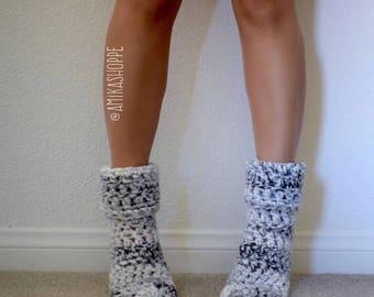 CUSTOM -- Cozy Reading Socks - FREE SHIPPING - ombre women's sock - crocheted socks - slippers - handmade house slippers