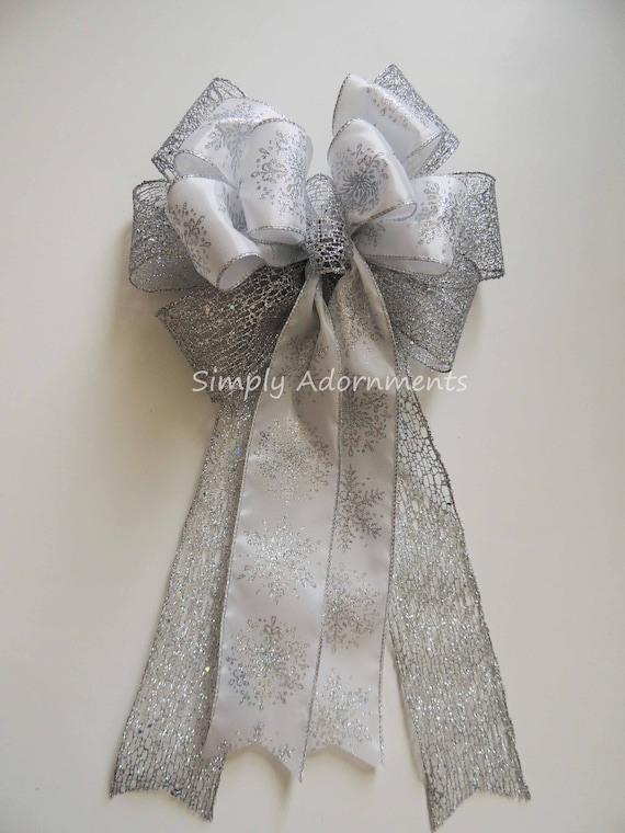 White Silver Christmas Wreath Bow White Silver Snowflakes Christmas Tree Bow Winter Wonderland Christmas Swag Door Winter Wedding Pew Bow