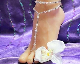 SALE Pearl Barefoot sandals Bridesmaid Jewelry Barefoot Sandals Silver crystals Footless Bridal Accessories Pearl sandals Wedding shoe