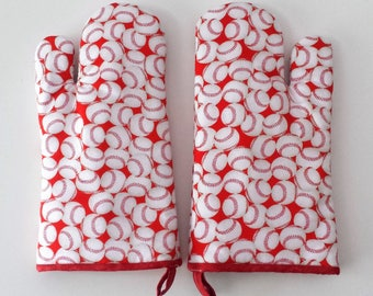 Kitchen Oven Mitt, Modern Mitts, Red Baseballs, Cooking, Chef Ware, Kitchenware, Kitchen Accessories, Sports, Mancave, Men