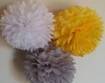 Tissue Paper Pom Poms Set of 9 - Parties Decor//Birthdays Decor//Nursery//Baby Shower//