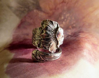 Poppy Flower Spoon Ring September Birth Flower Sterling Silver Paye & Baker Symbolic of Beauty and Magic