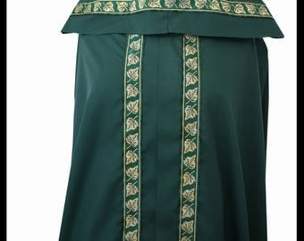 High Quality Unisex Dark Green Poly Cotton Fighting Cloak with Shimmer Satin lining and Medieval Leaf Trim. LARP Medieval Celtic Costume NEW