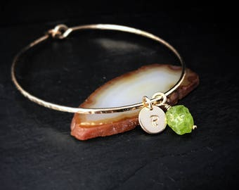 Genuine Raw Peridot Charm Bracelet / August Birthstone Gift / Rough Peridot Bangle Valentines Day Gift for Wife or Mom / Natural Organic