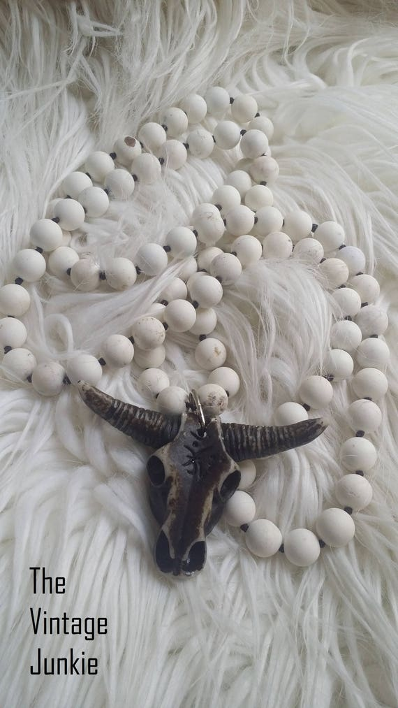 .BoHO, White Stone beaded necklace with large carved Steer Skull Pendant