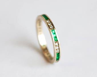 Emerald Wedding Band, Emerald Wedding Ring, Emerald Diamond Ring, Emerald Diamond Band, Channel Set Ring, Gold Wedding Band, Gold Emerald